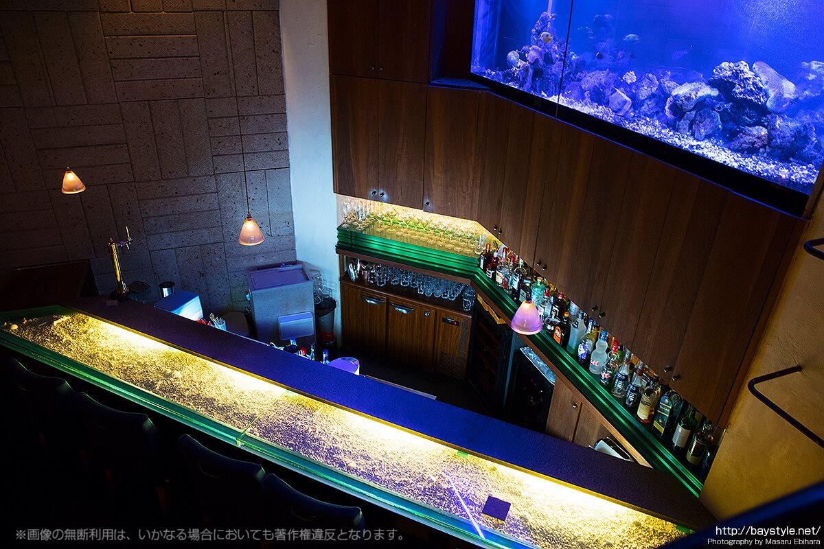 Deep Blue Yokohama(ディープブルー横浜)バーカウンター