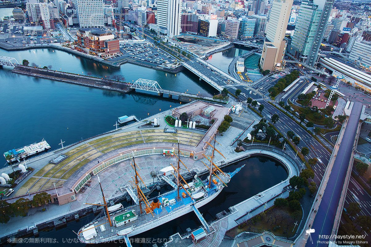 日本丸メモリアルパーク上空から撮影