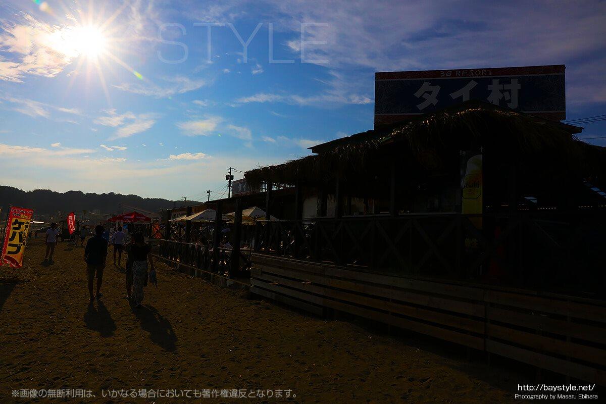 由比ヶ浜海水浴場タイ村前の西日