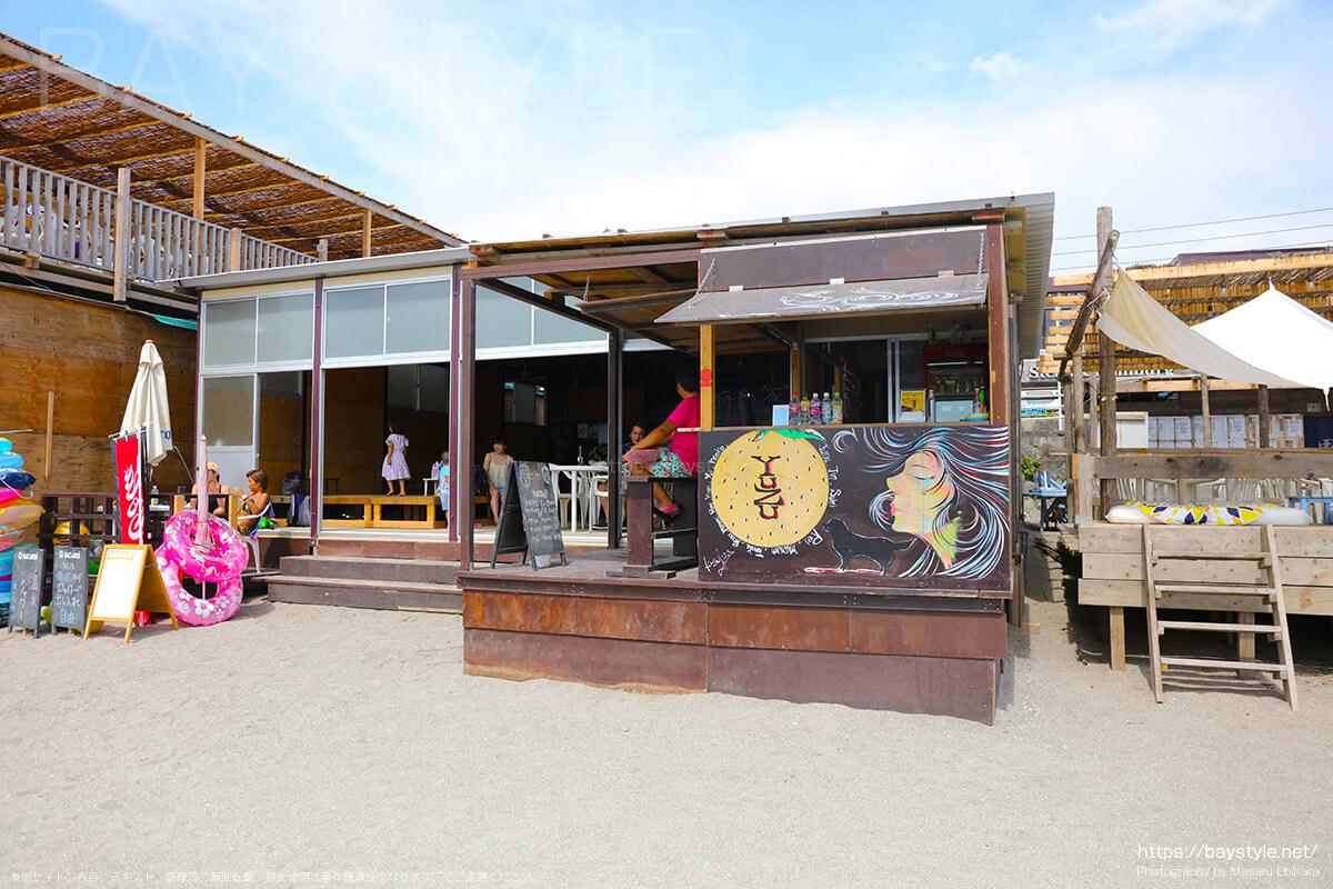 YUZU、逗子海水浴場の海の家