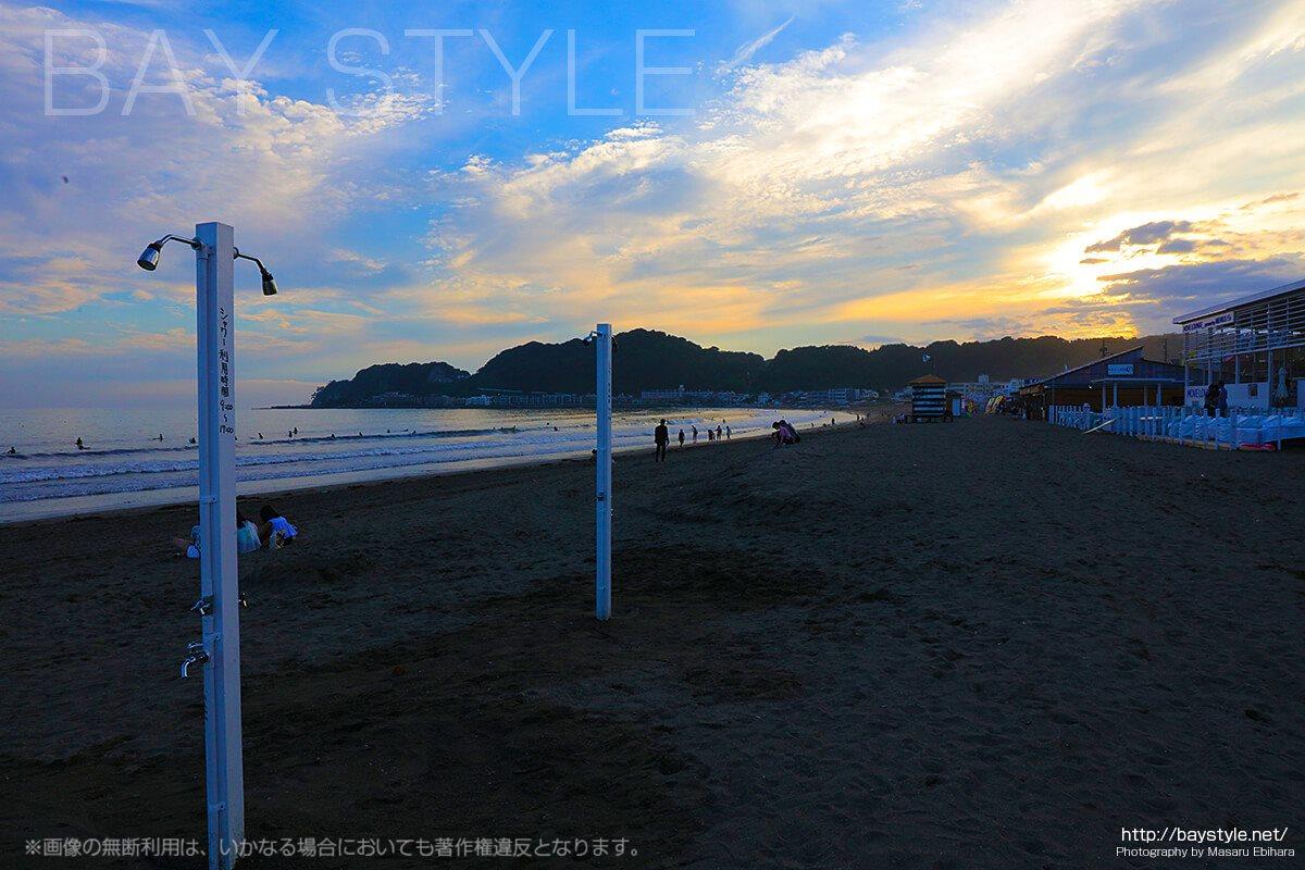 鎌倉由比ヶ浜、誰でも無料で利用できるビーチのシャワー