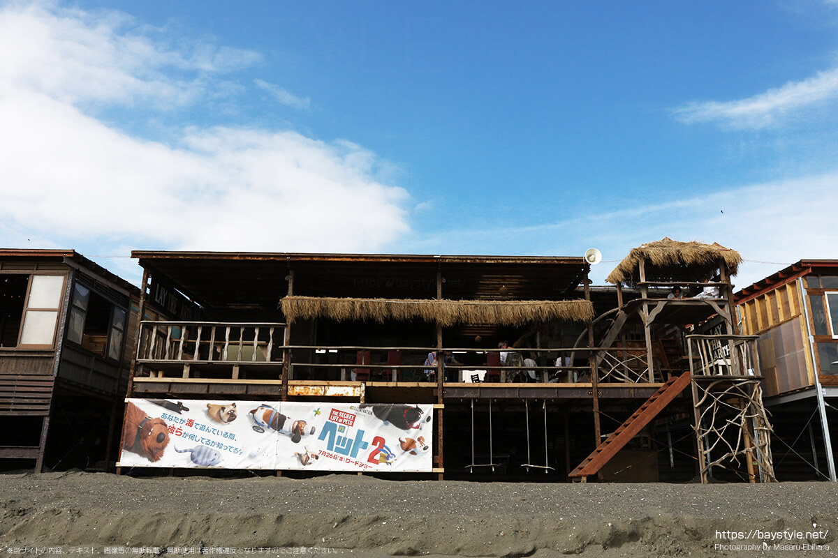 PLAY THE EARTH(プレイジアース)、片瀬西浜海水浴場の海の家