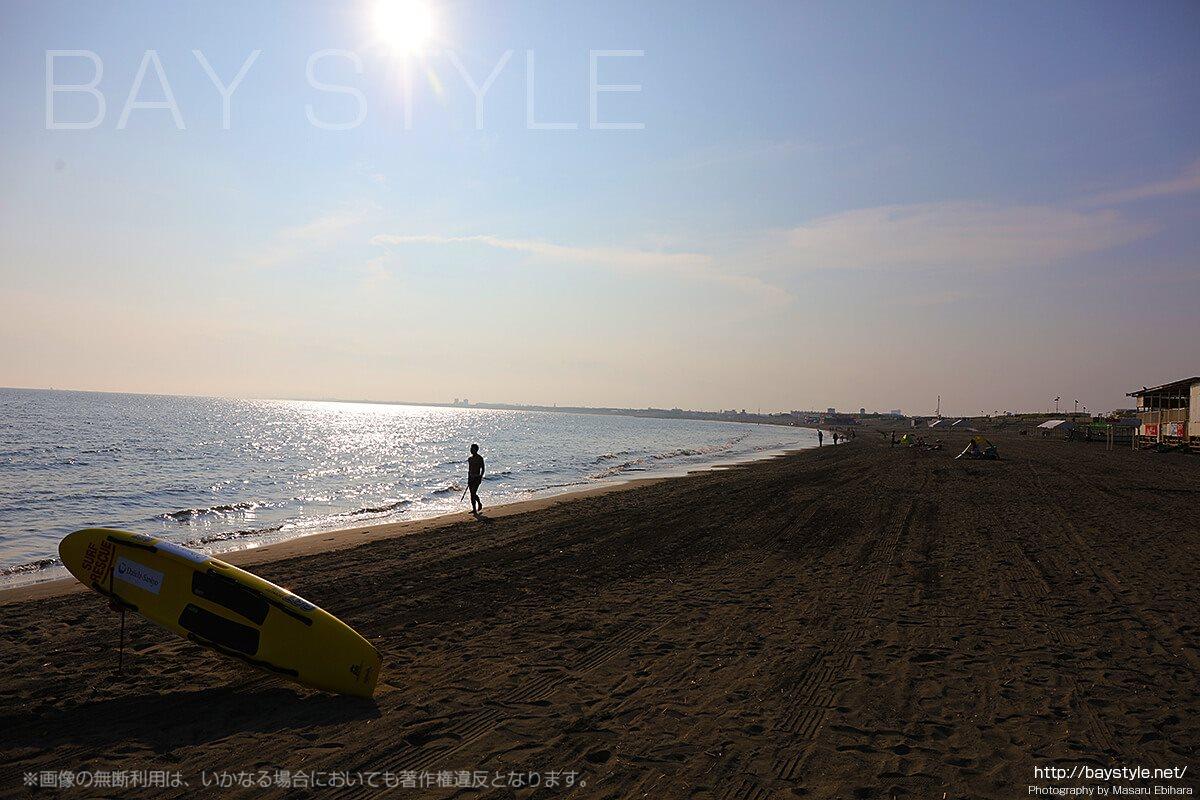 「LAWALAWA(ラワラワ)」前から見た湘南の海