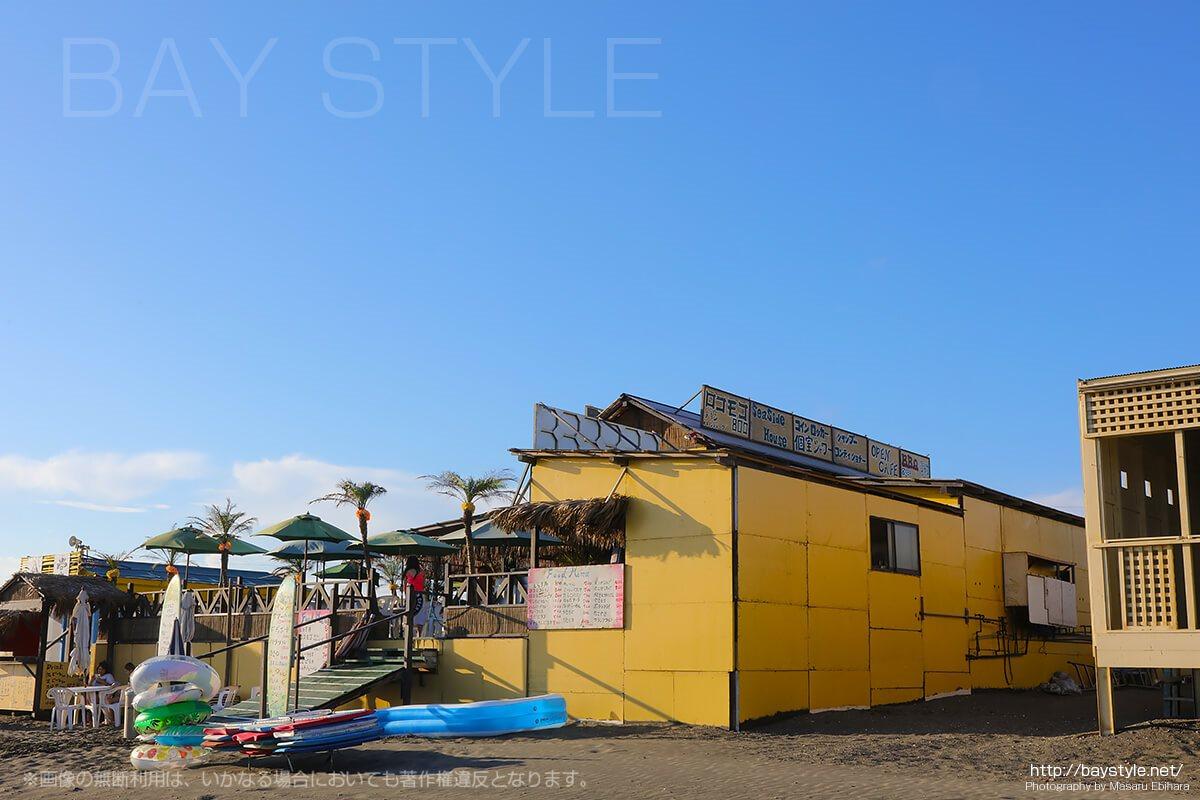白浜2、ポニーがいる、江ノ島西浜(鵠沼海岸)海の家