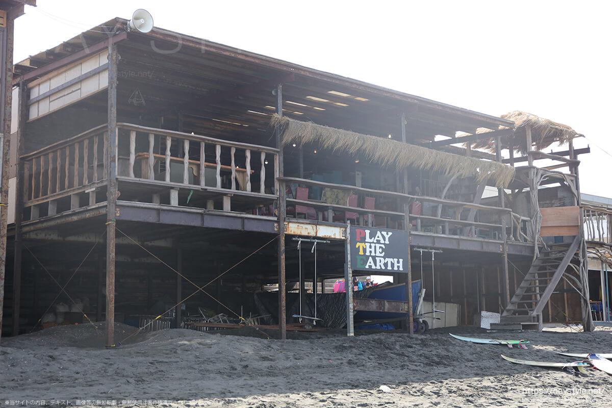 ビーチ側の入口