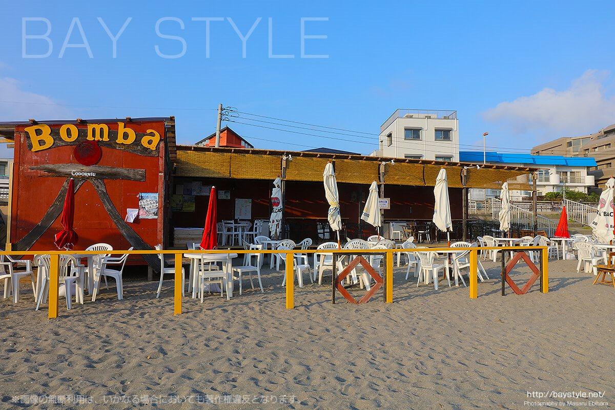 Bomba(ラフェスタ ボンバ)、逗子海水浴場の海の家