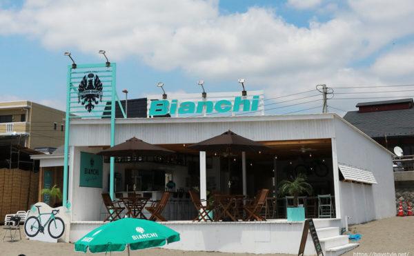 Bianchi(ビアンキ)、逗子海水浴場の海の家