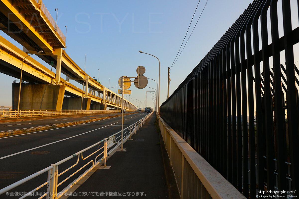大黒大橋の入口
