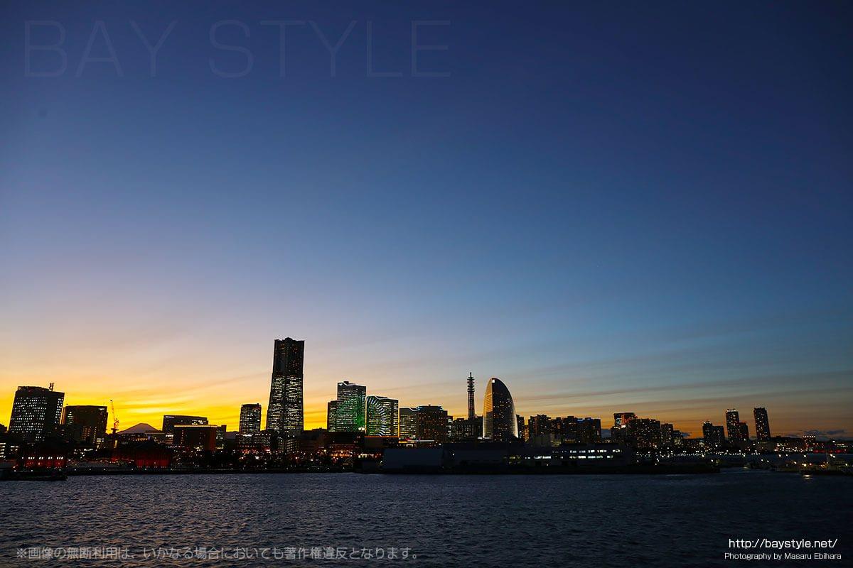 大さん橋からのみなとみらいの夜景