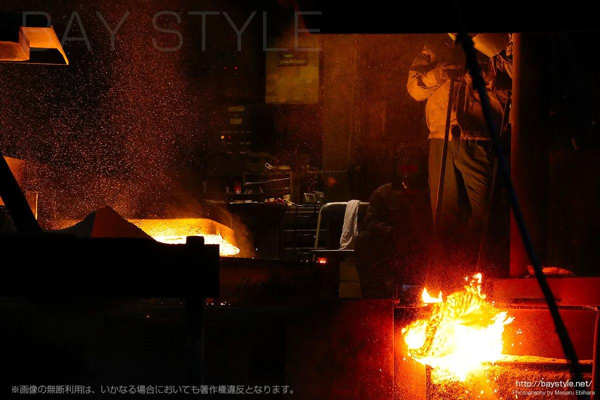 鋳造工程の一部