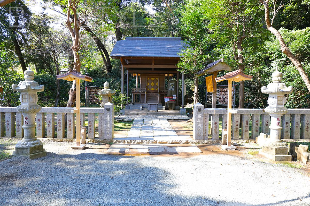 葛原岡神社の本殿