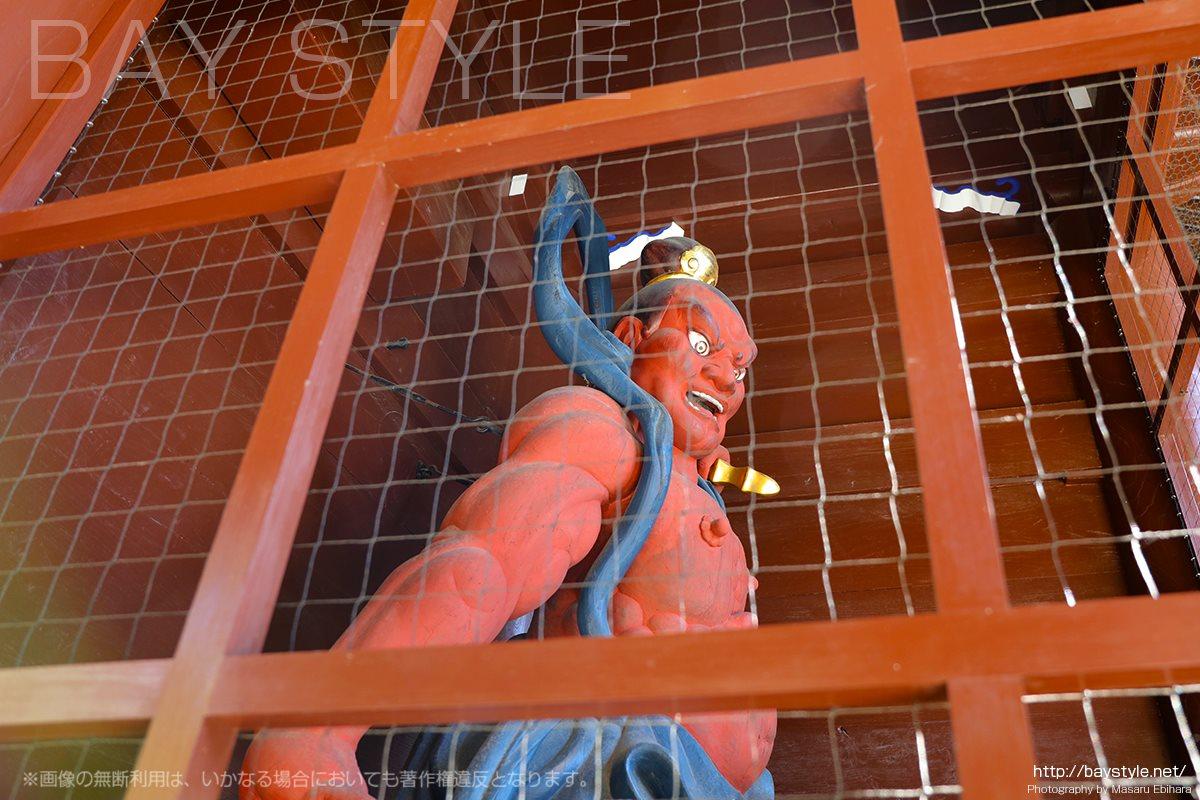高徳院仁王門の金剛力士像