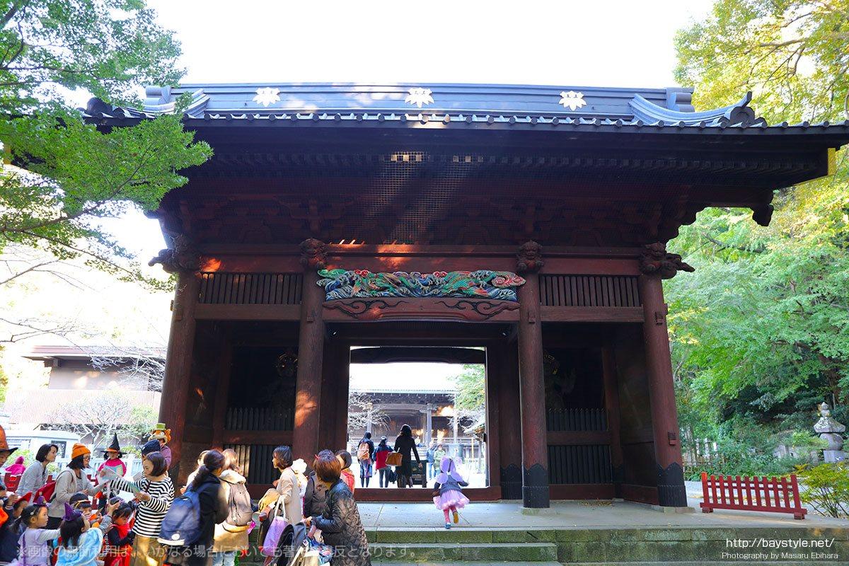 妙本寺の二天門