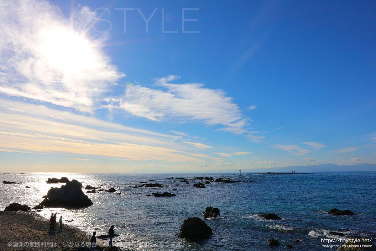 名島の鳥居と裕次郎灯台