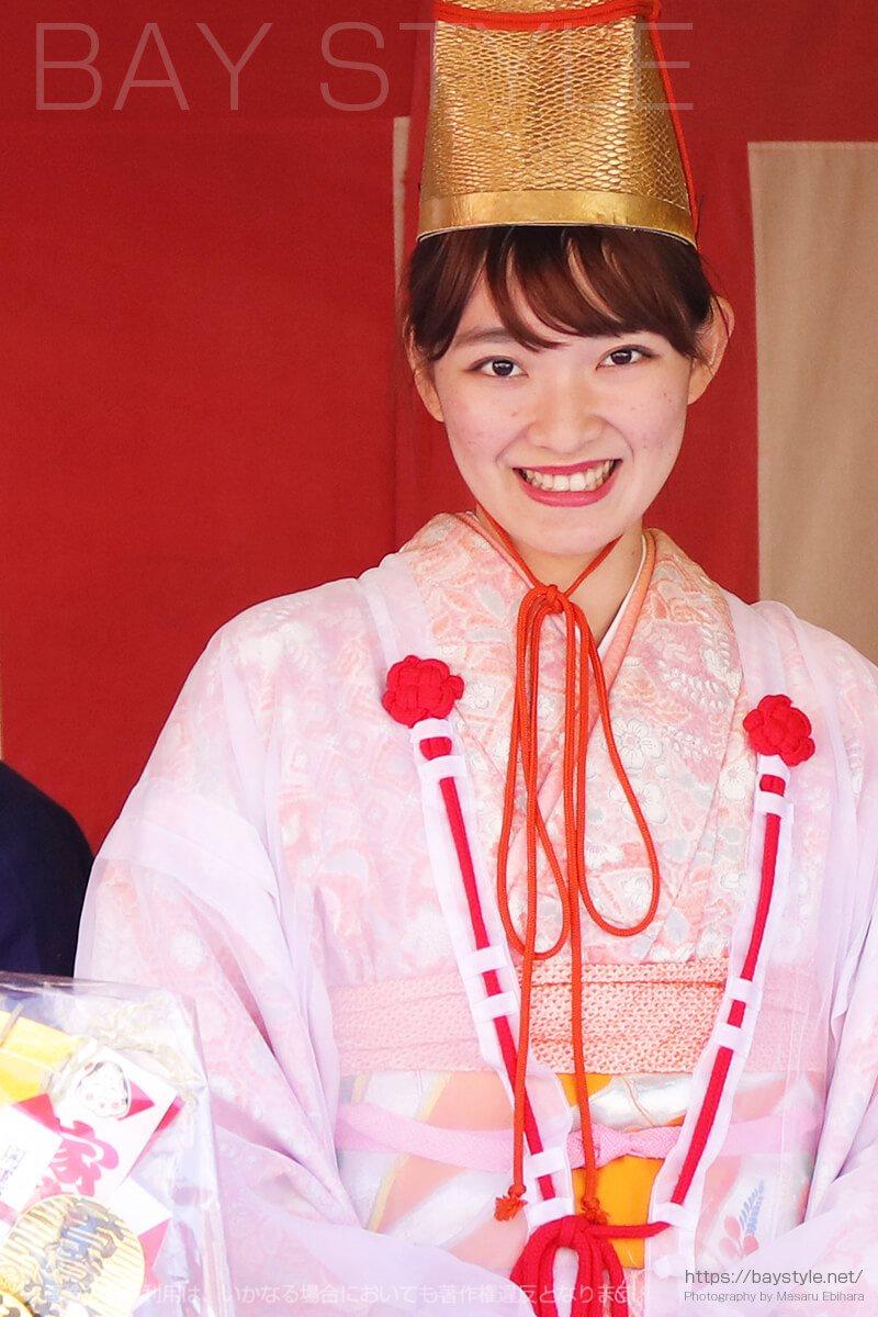鎌倉えびす、本えびす開催期間中の福娘