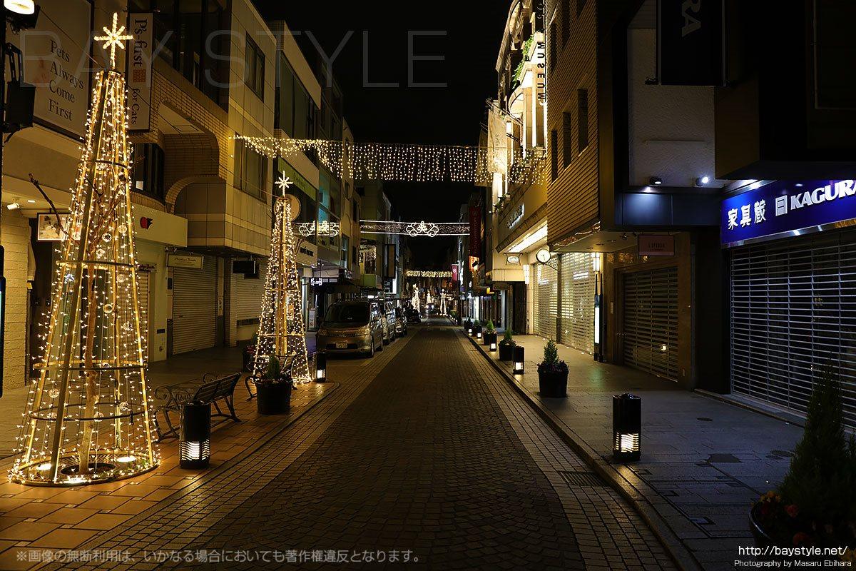 元町商店街の夜景