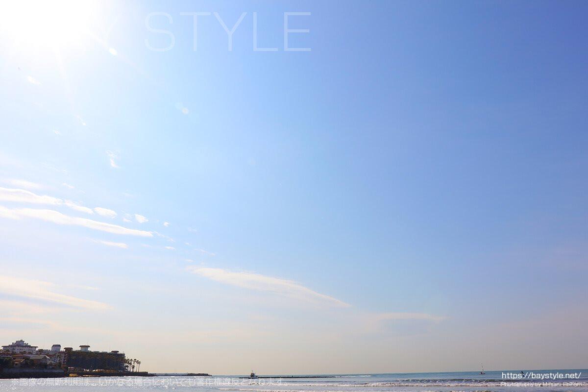 材木座海岸から見える逗子マリーナ