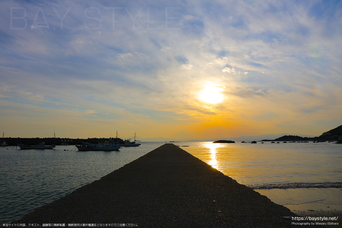 久留和海岸の夕暮れ