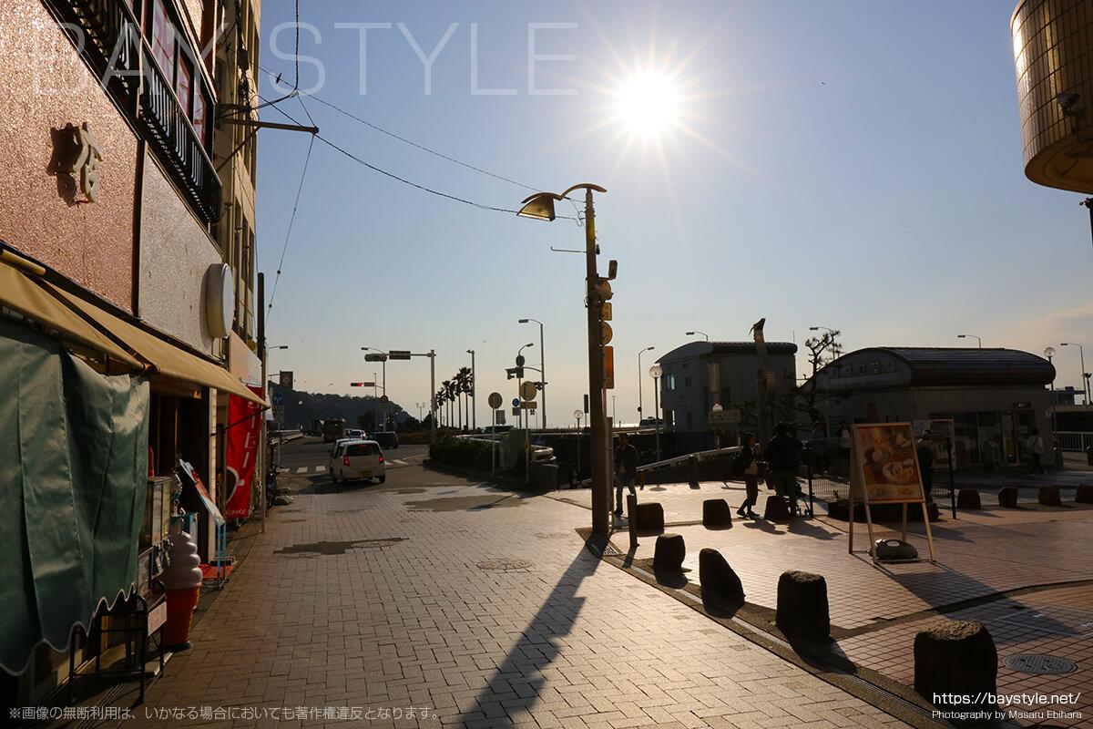 江ノ島入口の交差点