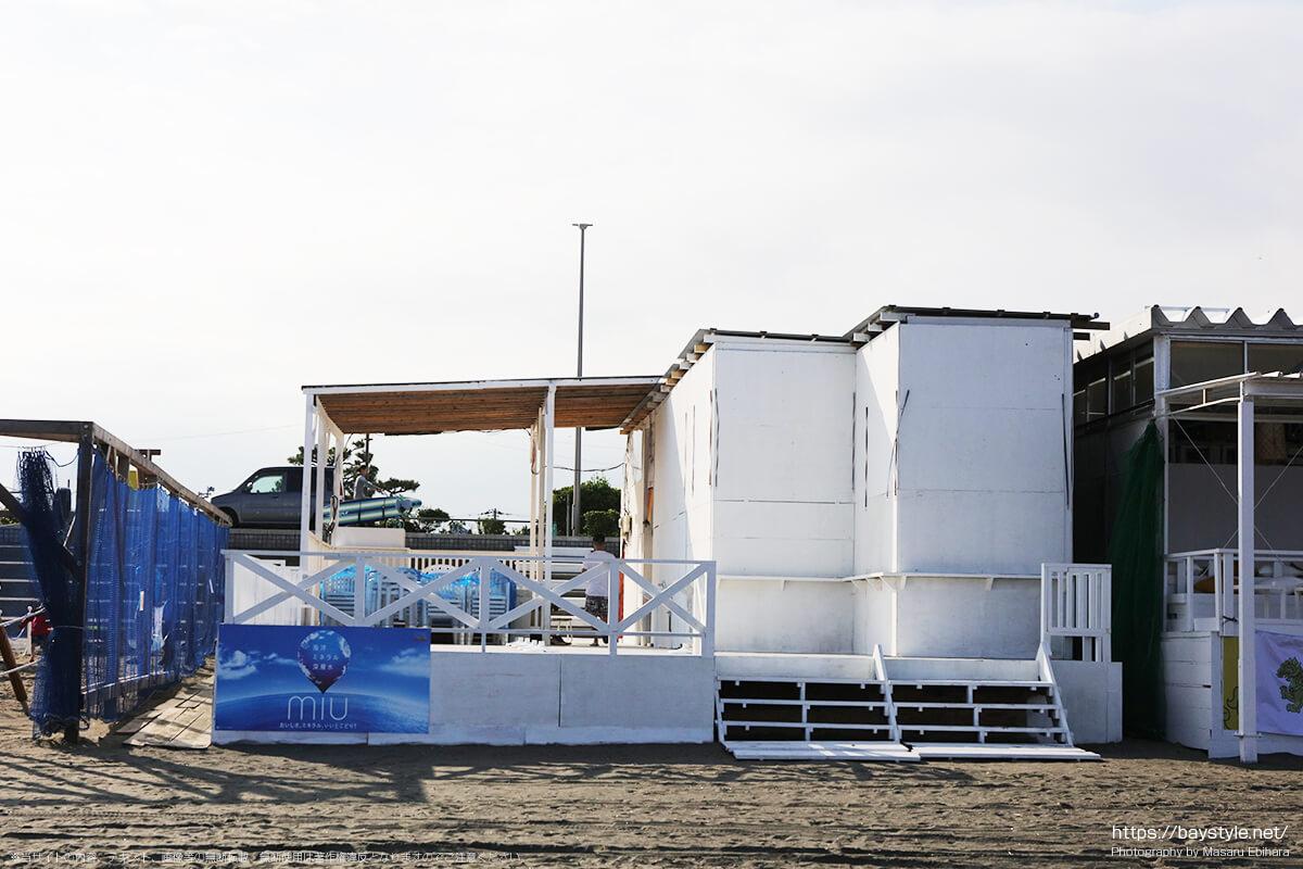 建設中の片瀬東浜海水浴場の海の家(2019年7月10日時点)