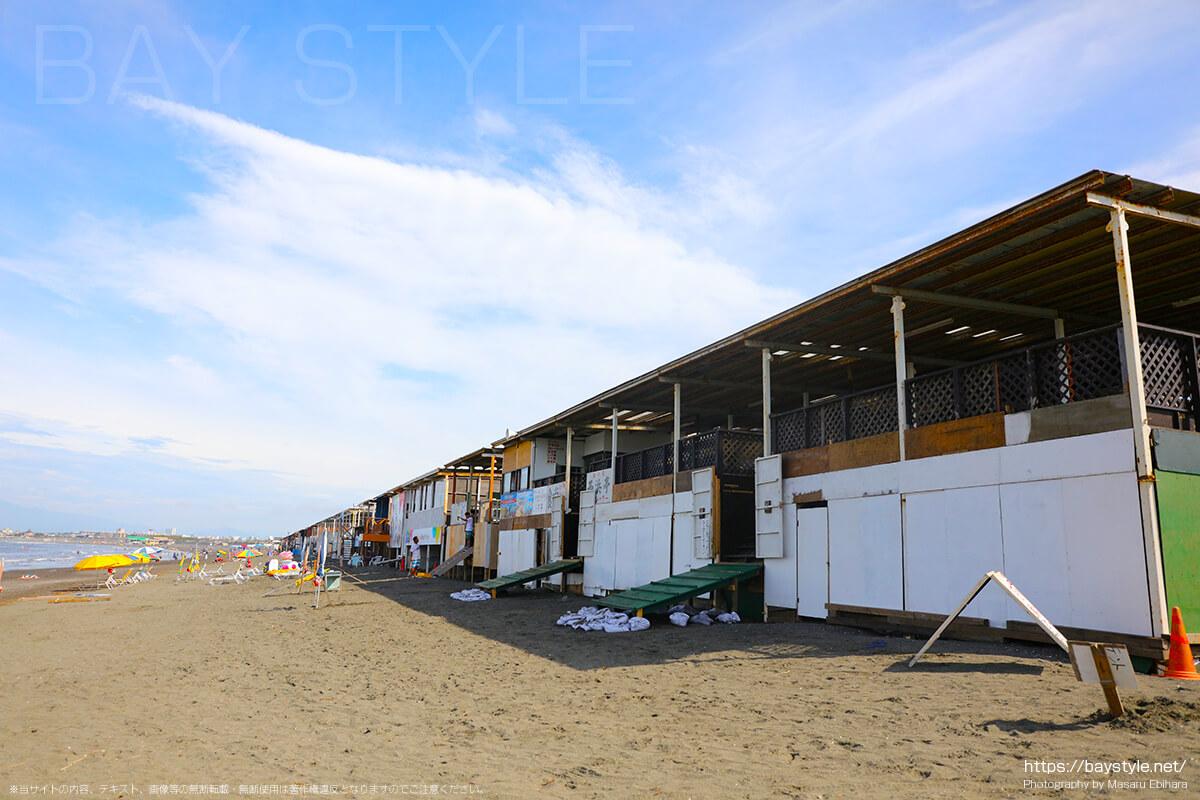 2018年に撮影した片瀬西浜海水浴場海の家一覧