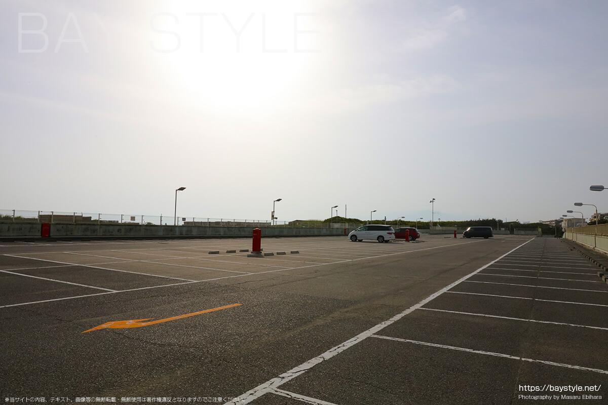 中部駐車場