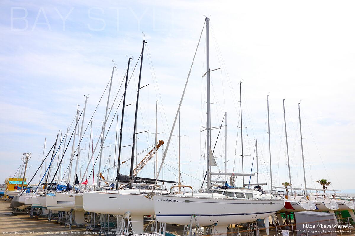 葉山マリーナのヨット
