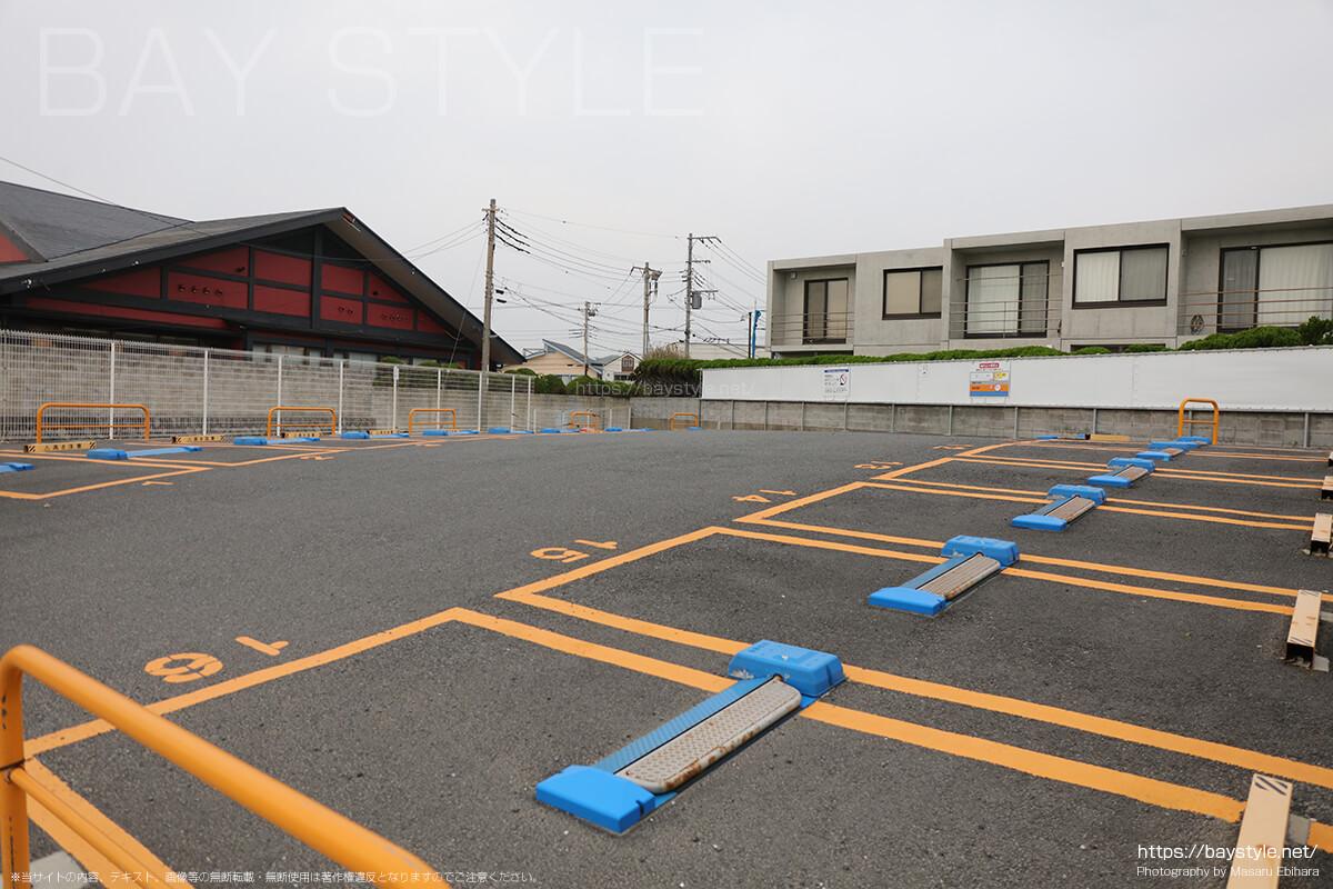 東洋カーマックス逗子海岸駐車場