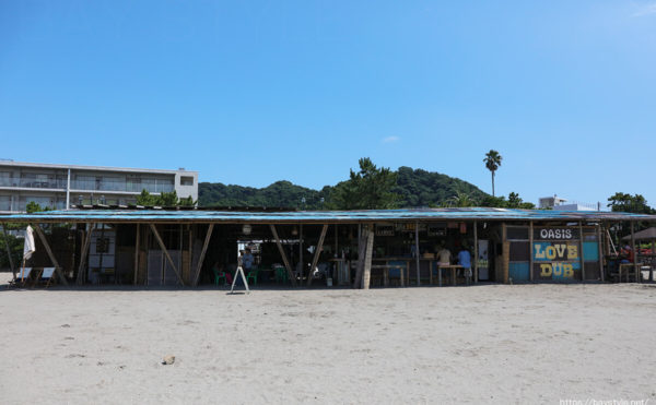 OASIS(オアシス)、葉山森戸海岸海水浴場の海の家