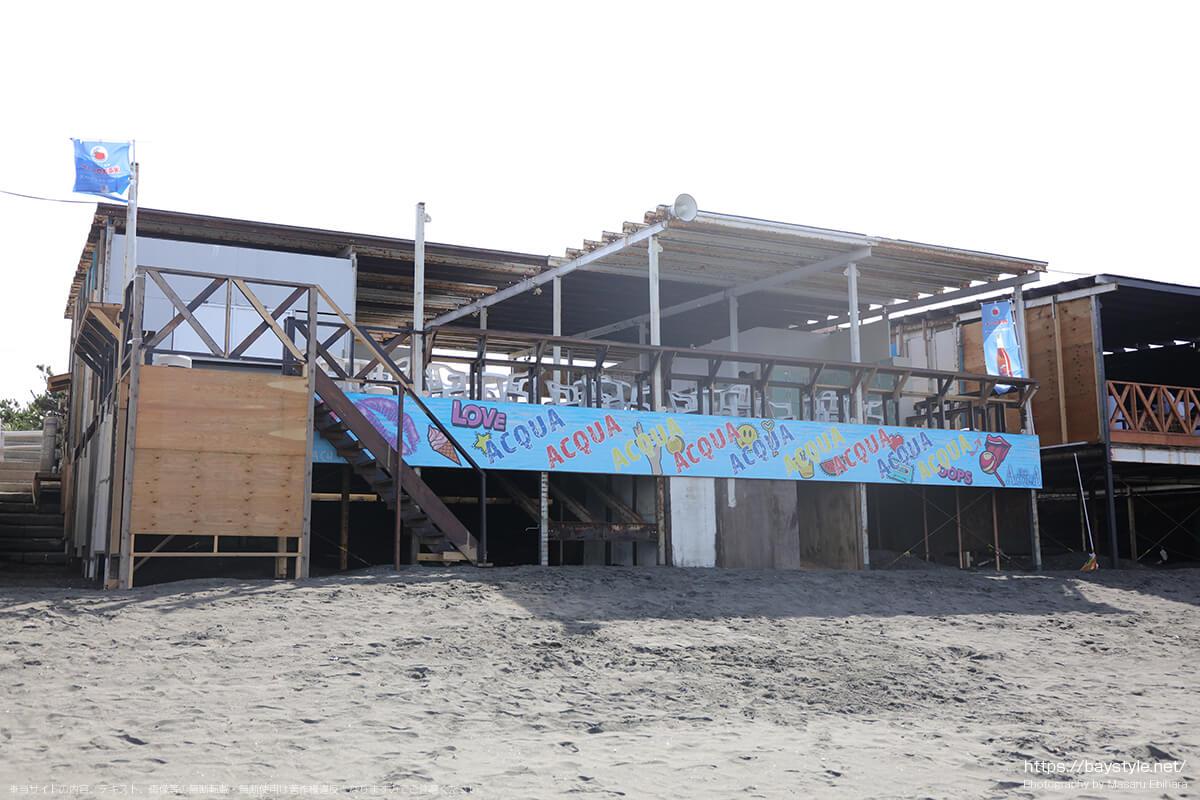 ビーチハウスアクア、ビーチ側入口