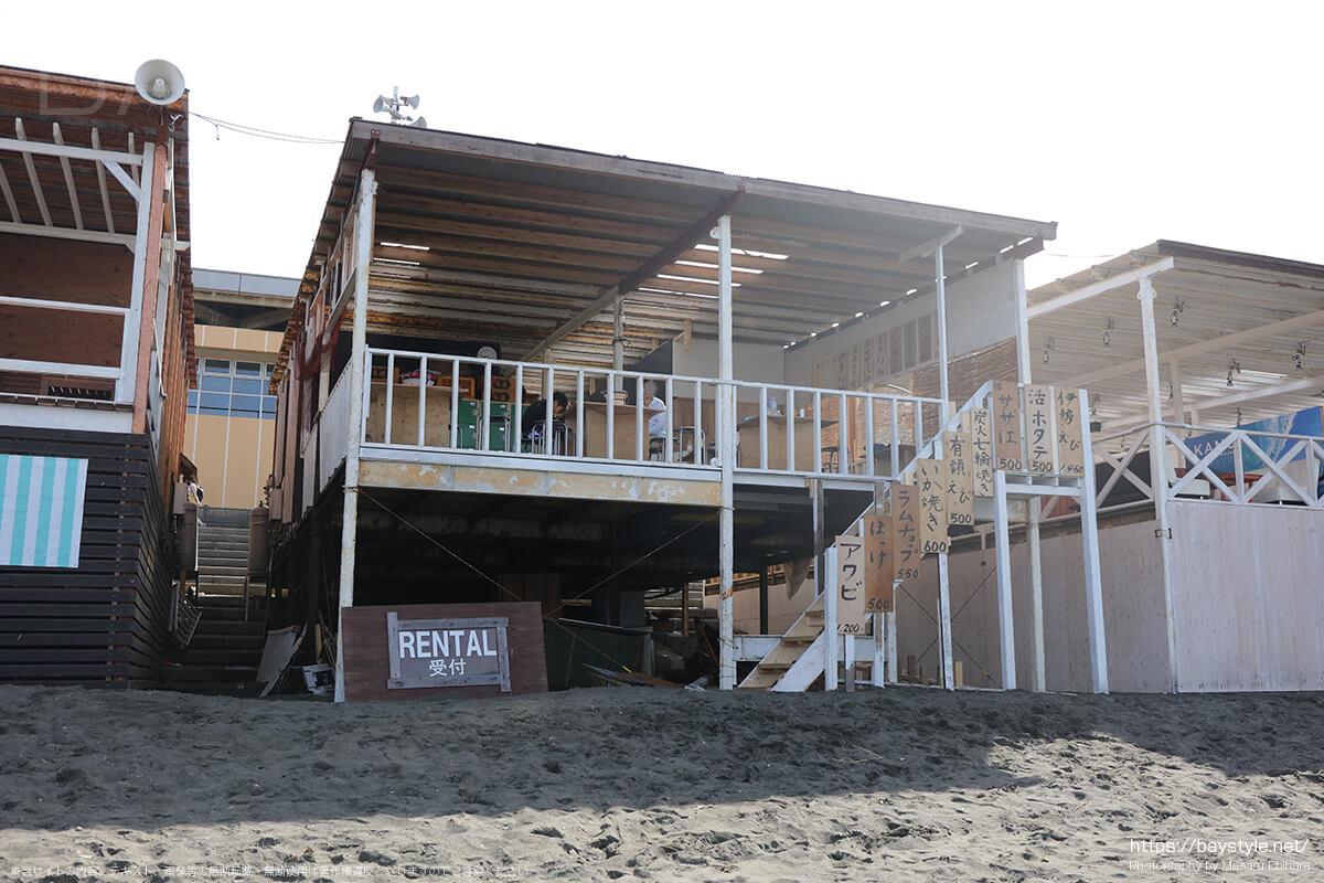 三郎丸、ビーチ側入口