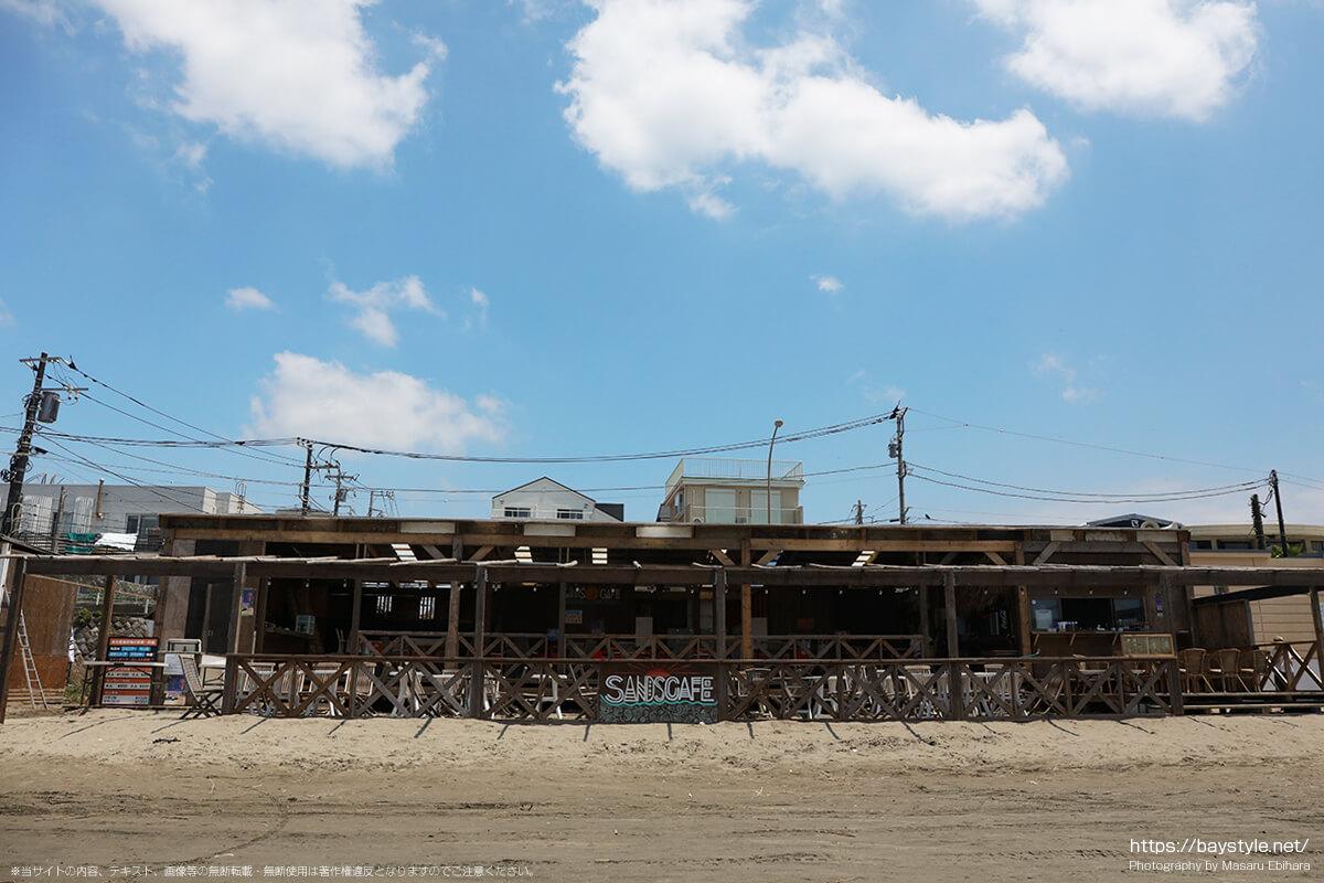 Sans cafe(サンズカフェ)、材木座海水浴場海の家