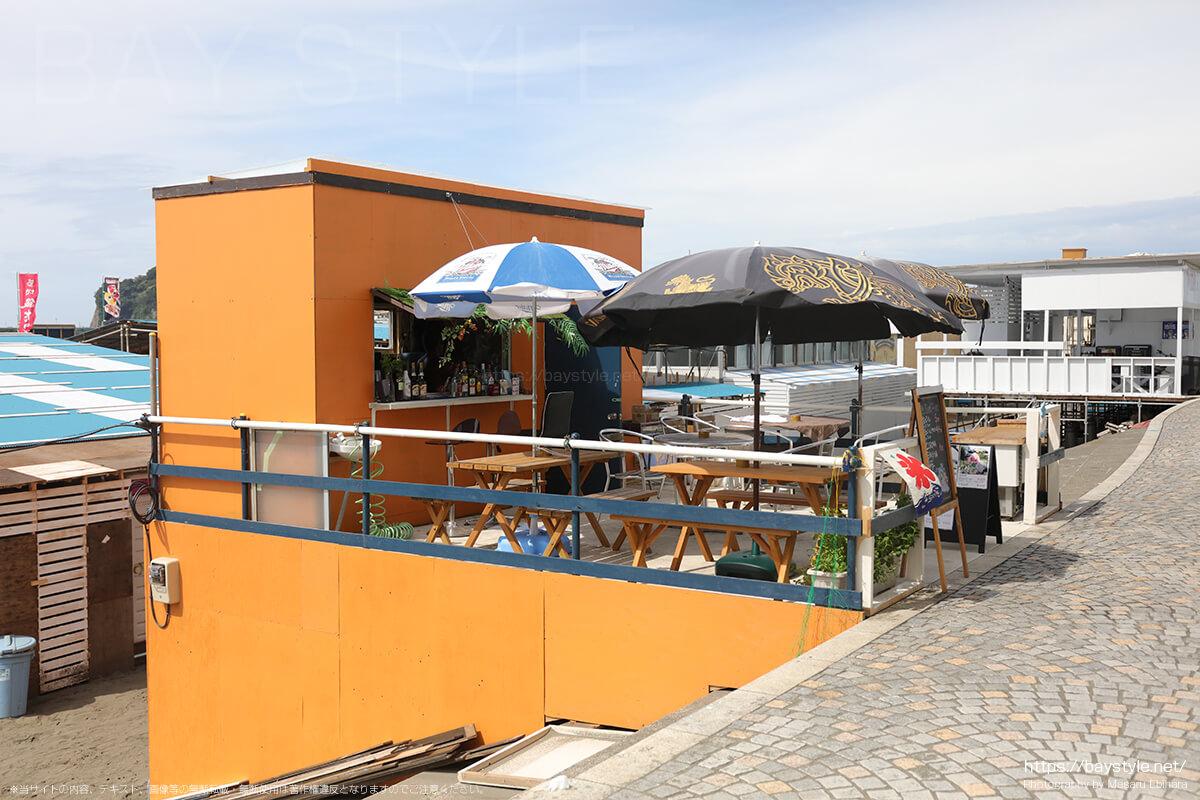 HASTA LA VICTORIA SIEMPRE、片瀬東浜海水浴場のカフェバー