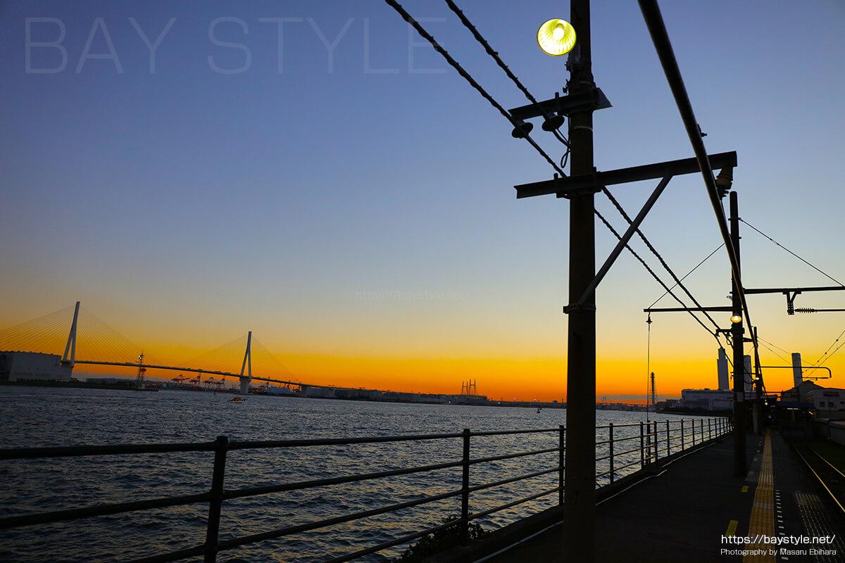 海芝浦駅の日没の様子