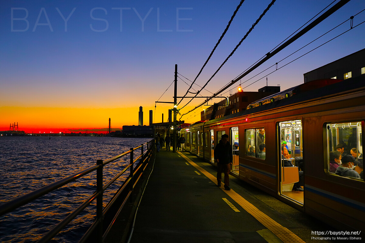 海芝浦駅の夜景