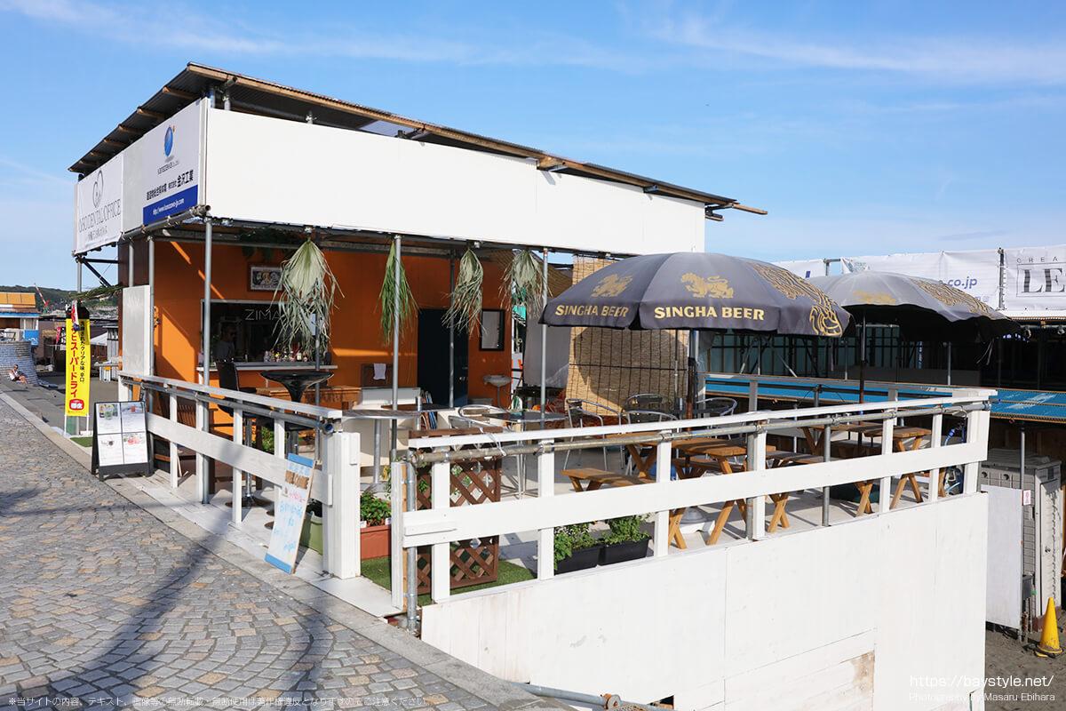 gigi、片瀬東浜海水浴場のカフェバー