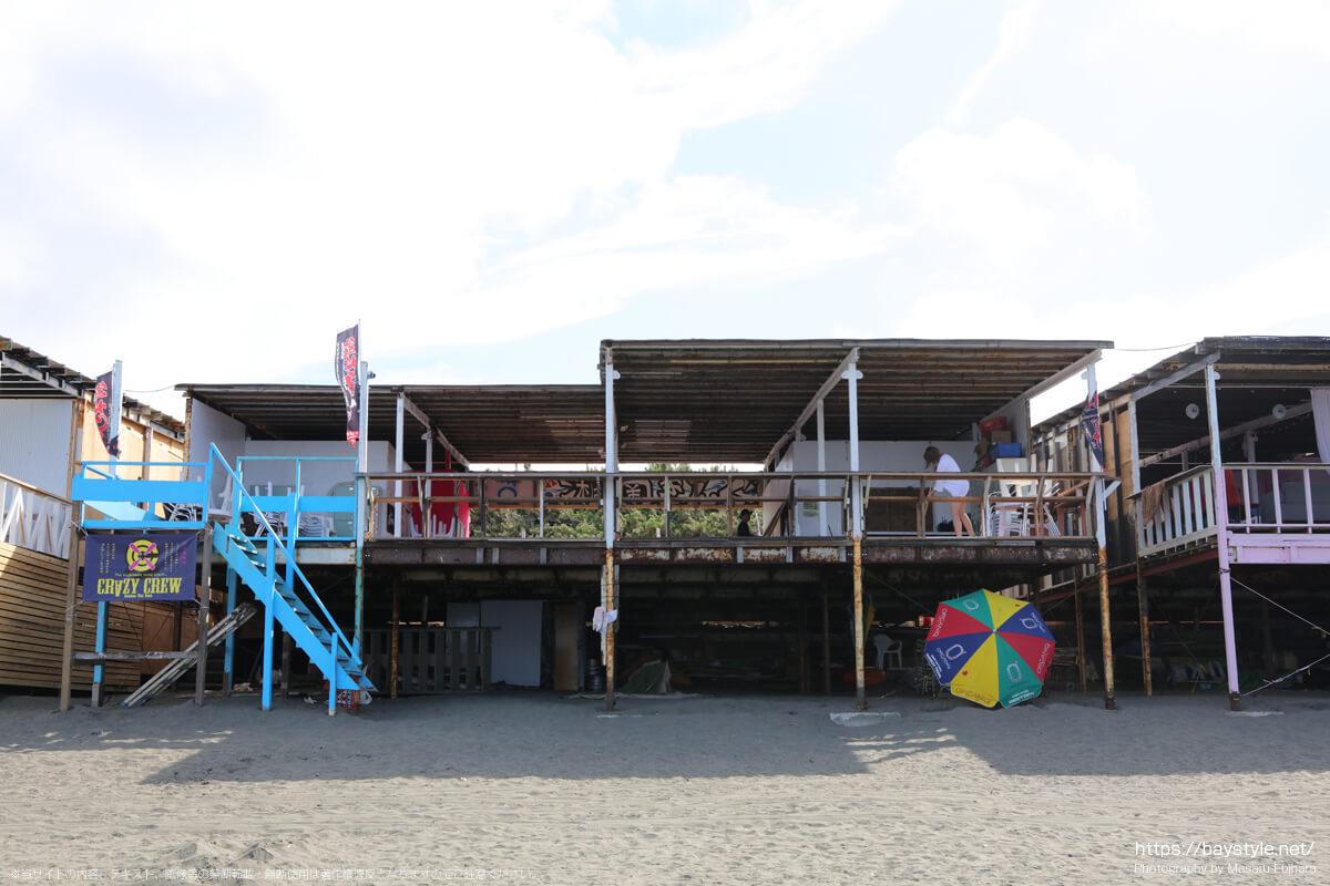 海の家Q太郎キッチンブルーPUKU PUKU(片瀬西浜海水浴場の海の家:2021年7月21日撮影)