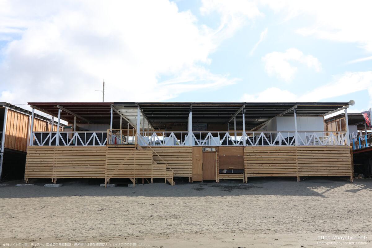 Summer Breeze(片瀬西浜海水浴場の海の家:2021年7月21日撮影)