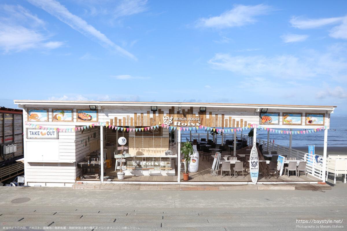 BEACH HOUSE Roins(ビーチハウスロインズ)(片瀬西浜海水浴場の海の家:2021年7月21日撮影)