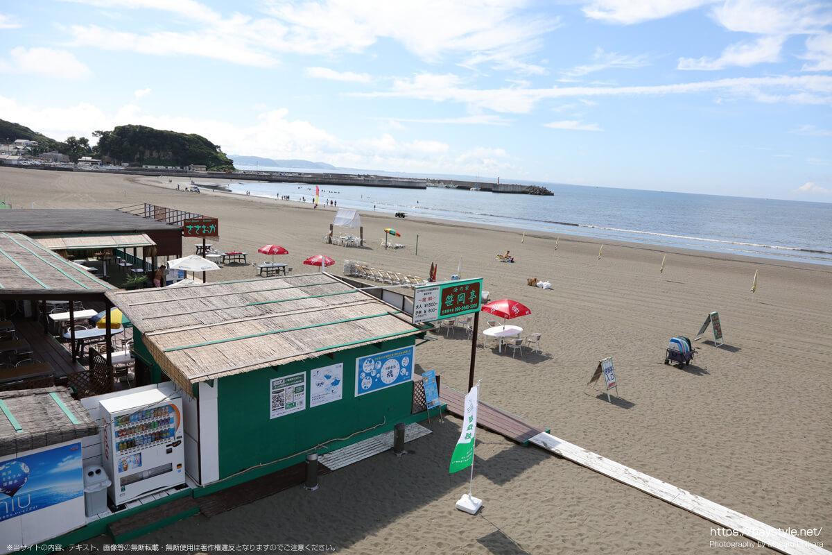 ささおかてい(笹岡亭)(片瀬東浜海水浴場の海の家:2021年7月21日撮影)