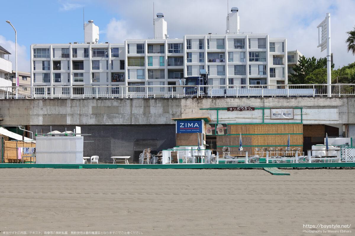 マンボウカフェ(片瀬東浜海水浴場の海の家:2021年7月21日撮影)