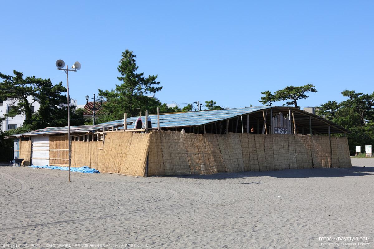 oasis(森戸海岸海水浴場海の家:2021年7月22日撮影)
