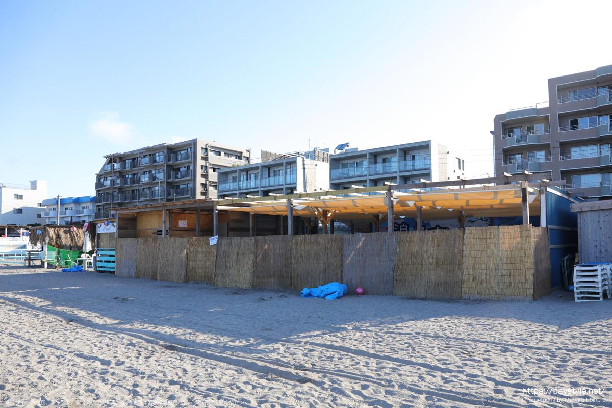 浪子亭(逗子海岸の海の家:2021年7月22日撮影)
